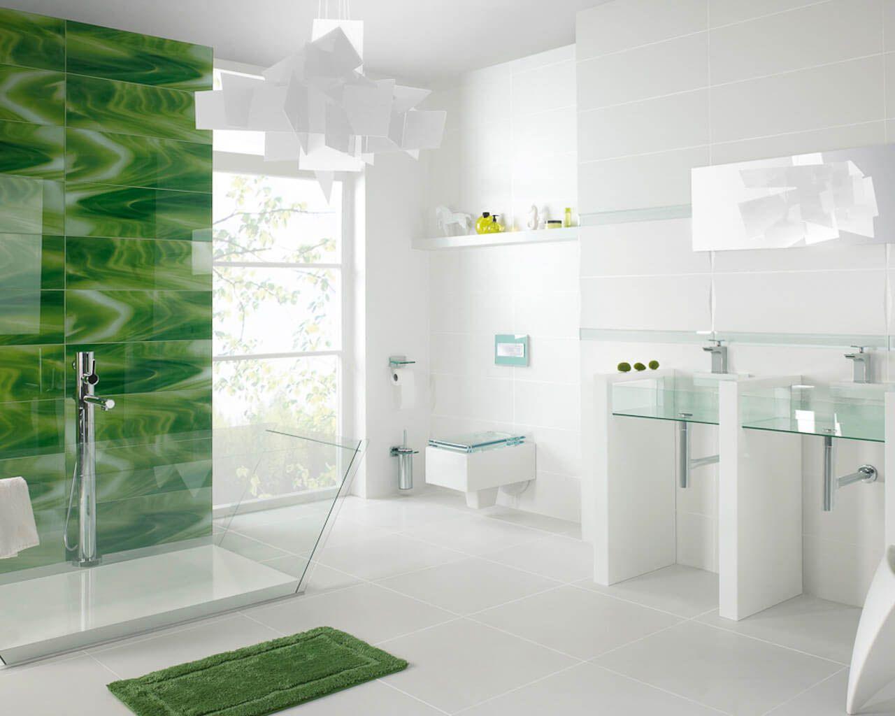 Weiß-grünes, leuchtendes Bad mit Glas in der Hauptrolle | Ceramika ...