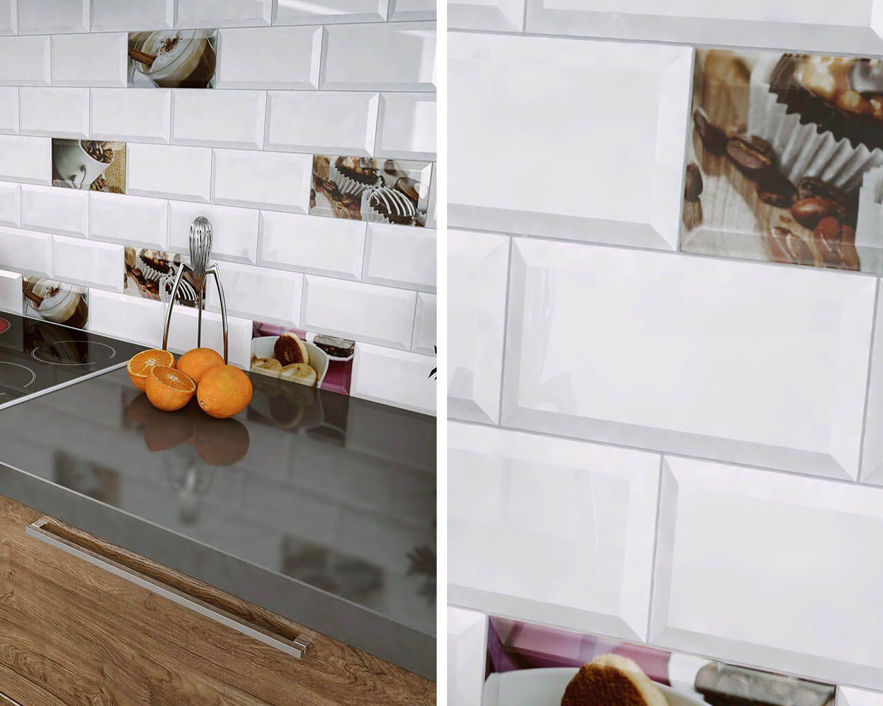 Cegiełkowe Kafle Białe I Z Motywami Kawy W Kuchni Ceramika