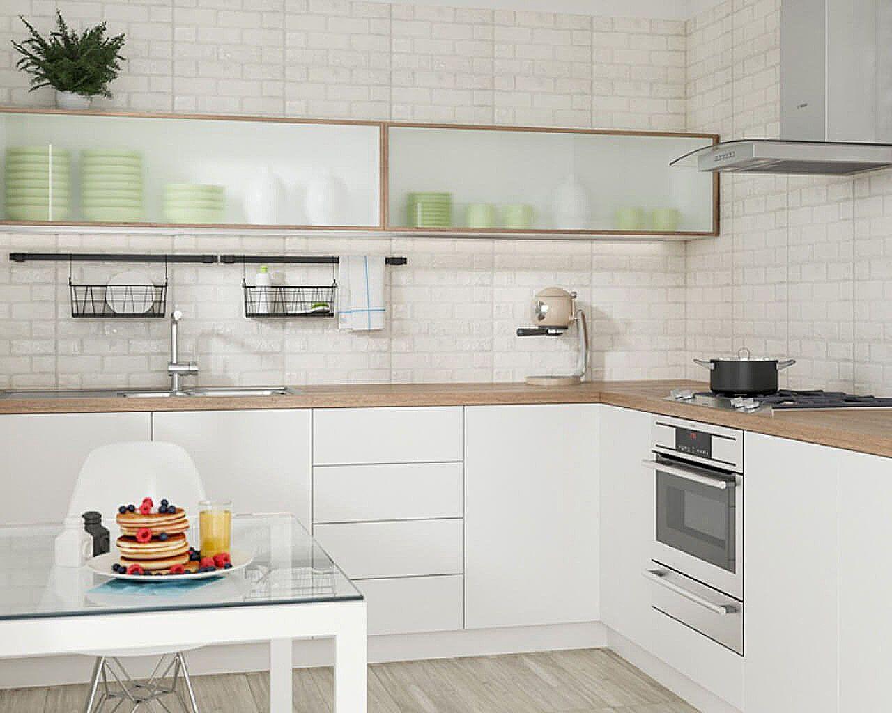 Płytki O Wyglądzie Cegły W Funkcjonalnej Kuchni Ceramika