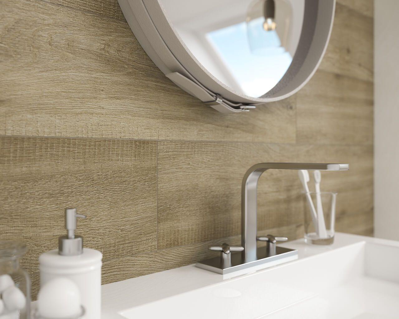 Holz und Weiß im Bad unterm Dach | Ceramika Paradyz