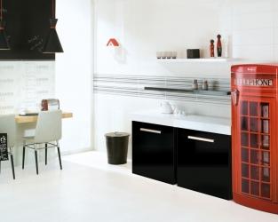 Kosmopolityczna, biało-czarna kuchnia w nowoczesnym stylu
