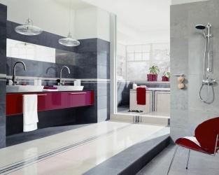 Efektowna, klasyczna łazienka w kontrastowych szarościach z akcentem czerwieni