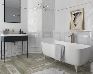 Klasyka błyszczącej elegancji w białej łazience