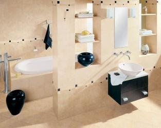 Klasyczna jasnobeżowa łazienka z czarnymi akcentami
