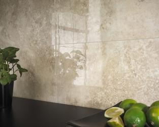 Ekskluzywna marmurowa ceramika nad kuchennym blatem